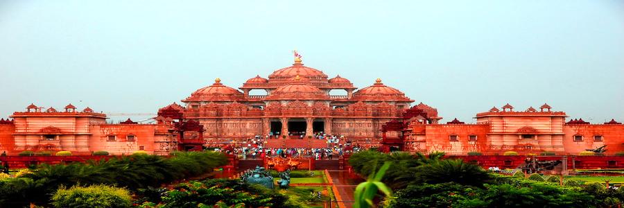 Bharat Taxi Delhi historical places
