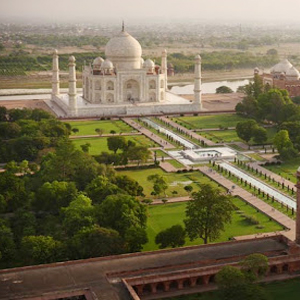 Agra_Darshan_Car_Tour_Packages_-_Bharat_Taxi.jpg