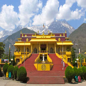 Dharamshala_Darshan_Car_Tour_Package_-_Bharat_Taxi.jpg