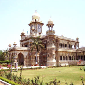 Indore_Darshan_Lal_Bagh_Palace_-_Bharat_Taxi.jpg